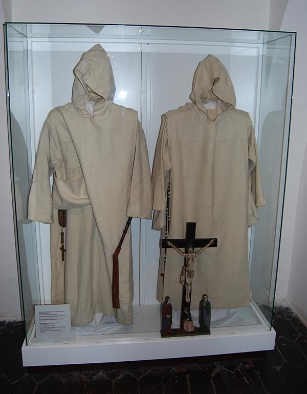 Одеяния монахов