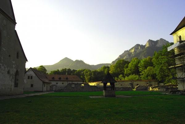 Вид на Пьенины