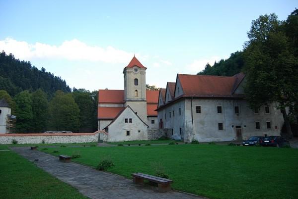 Вид монастырского комплекса