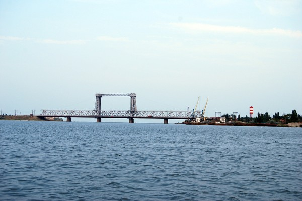 Мост через лиман