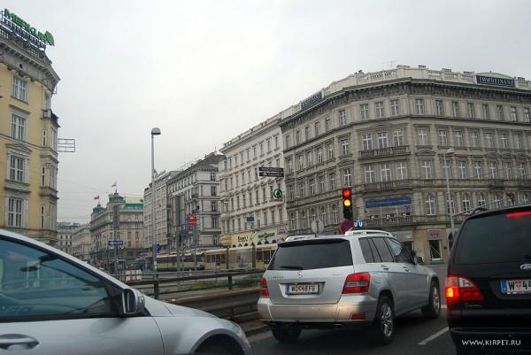 По Вене на авто