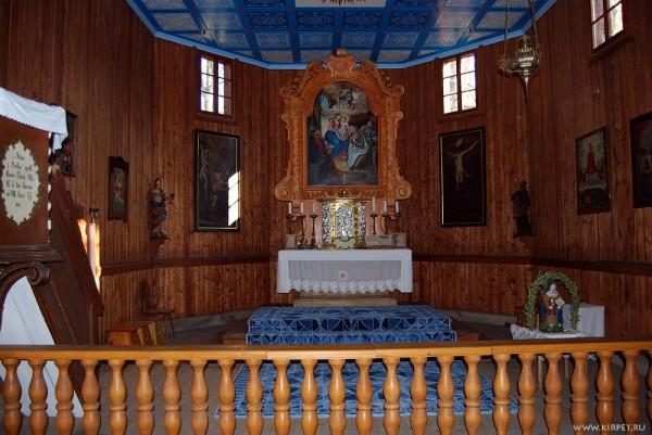 В костеле
