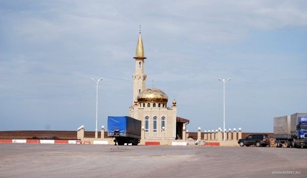 Мечеть на заправке