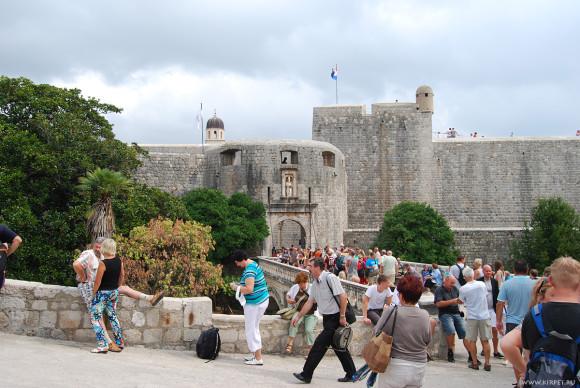 У стен Дубровника