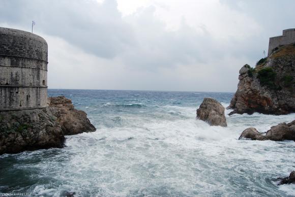 Бурлящее море