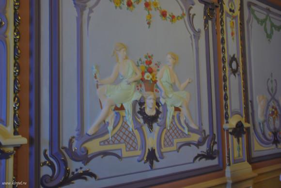 Украшения на стенах
