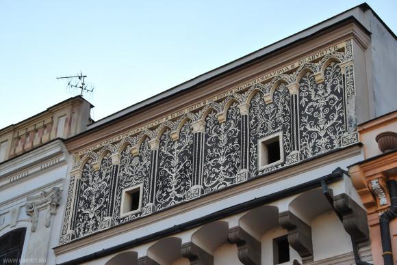 Росписи на фасаде