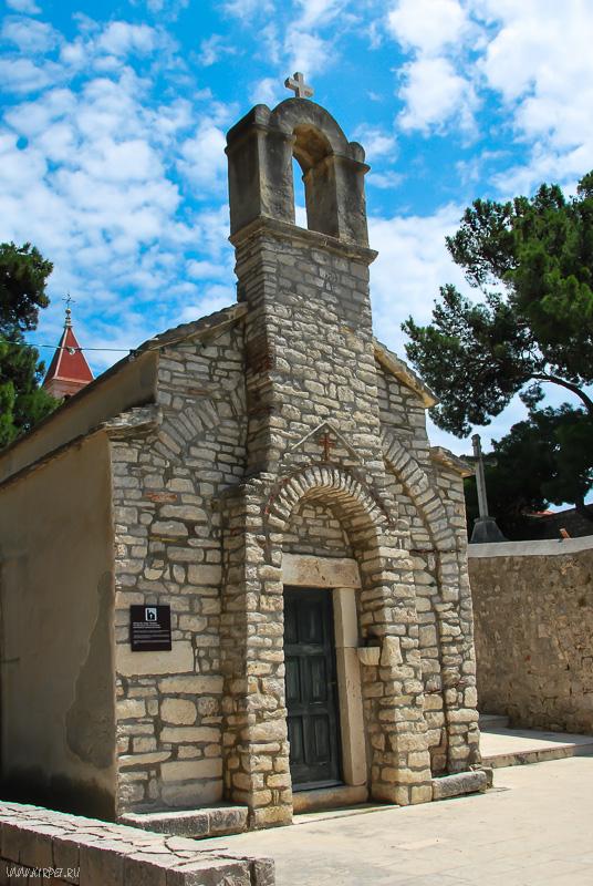 Церковь Ивана и Теодора