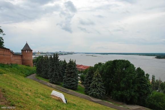 Вид от Чкаловской лестницы