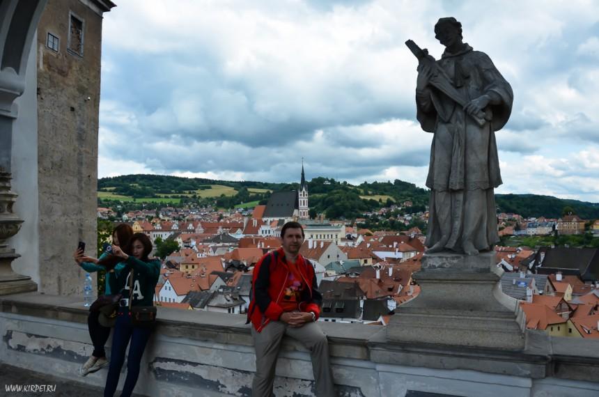С туристками