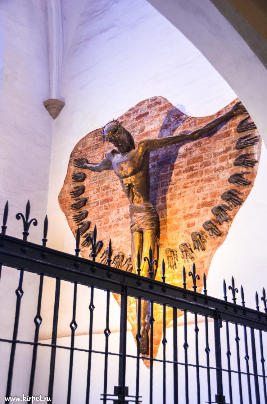 Внутри костела св. Елизаветы